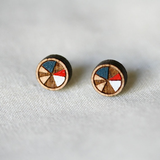 accessory / wooden hand painted stud earrings