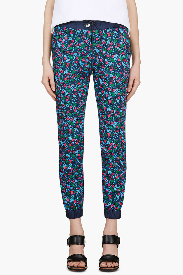 Sacai Luck Blue Flower Print Cropped Trousers for women | SSENSE