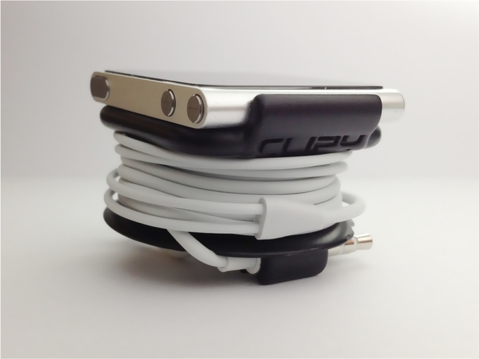CLIPY: Unique all in one iPod nano and earbud holder / stand by AWS JAN — Kickstarter