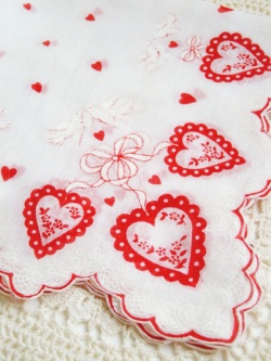 "Accessories - Vintage ""Kissing Doves Heart for Valentine's Day"" Ladies Hankie - Little ♥ Hideaway 〜ヴィンテージから現代まで〜 Candy Hearts♡USA & UK 輸入雑貨"