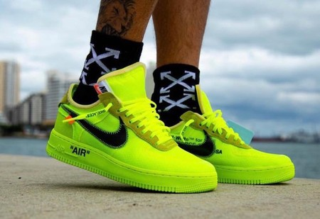 "The 10 Air Force 1 Low ""Volt"""