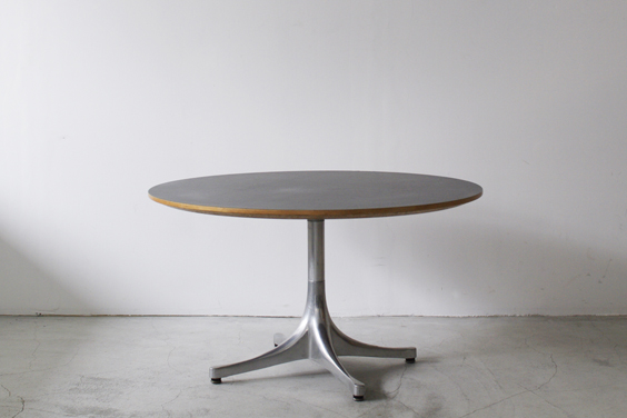 111_table | vintage & used | BUILDING fundamental furniture