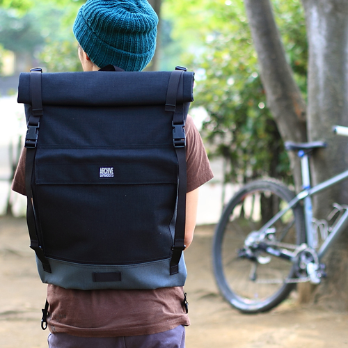 BLUE LUG / *ARCHIVE BAGS* rolltop day backpack (black)