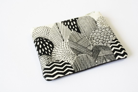 Flat Purse Black 'Forest by mingus on Etsy