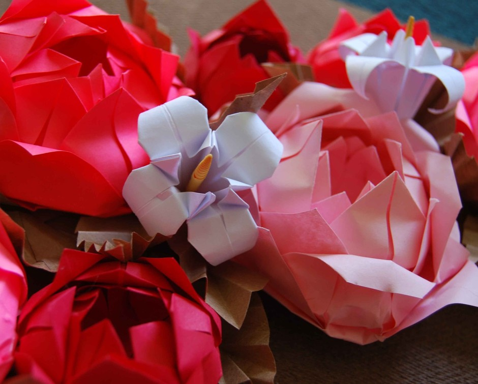 Pink Rose Origami Paper Wreath by Lusine on Etsy