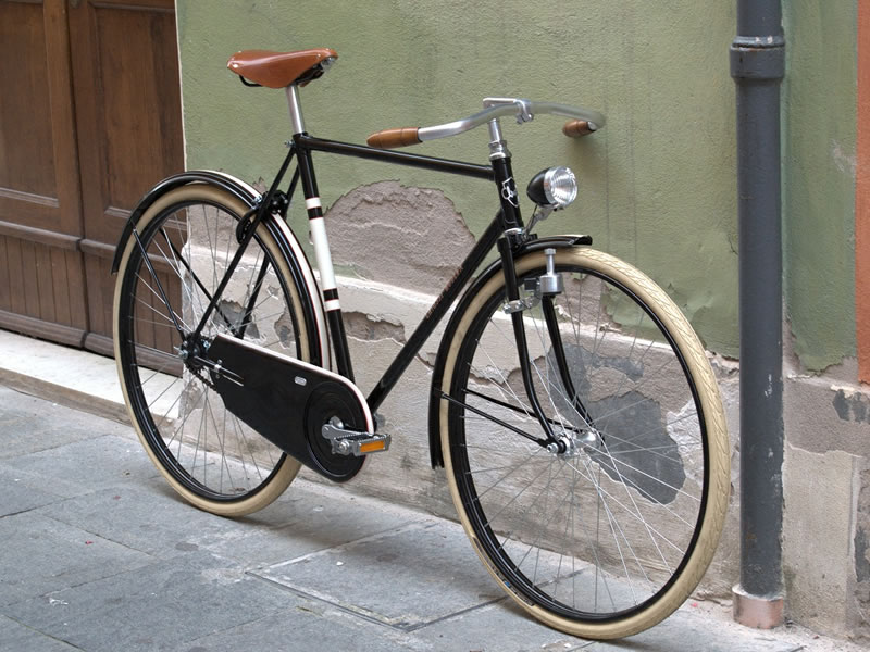 Loro   http://www.chiossicycles.com/blog/