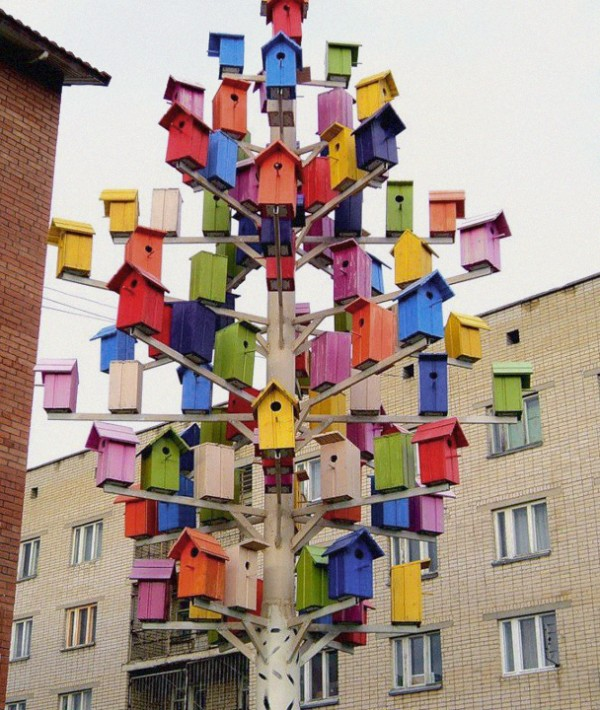 Design Squish Blog: BIRD TREE HOUSE - sustainable lifestyle, do-it-yourself, creative environmental options, craft, organics, gardening, planting, flower pots, reusing, old and vintage, nature, environmental news, recycling tips, brooklyn, ditmas park,