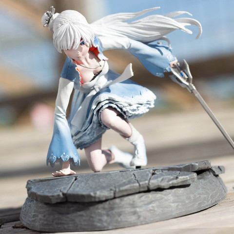 RWBY Weiss Figure | Rooster Teeth Store