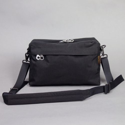 64CLOTH / POUCH SHOULDER (BLACK) | evergreen works