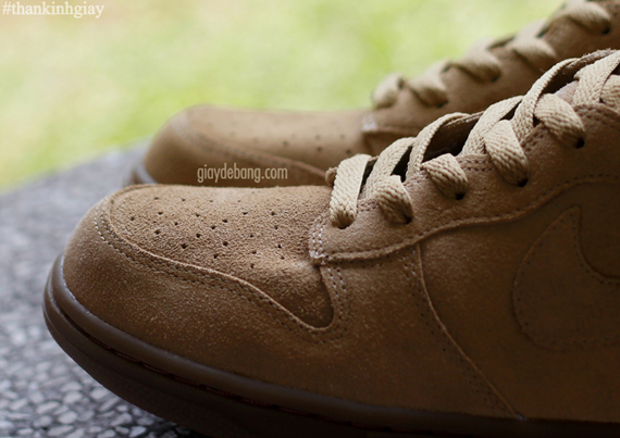 A.P.C. x Nike Dunk High – Beige | SneakerNews.com