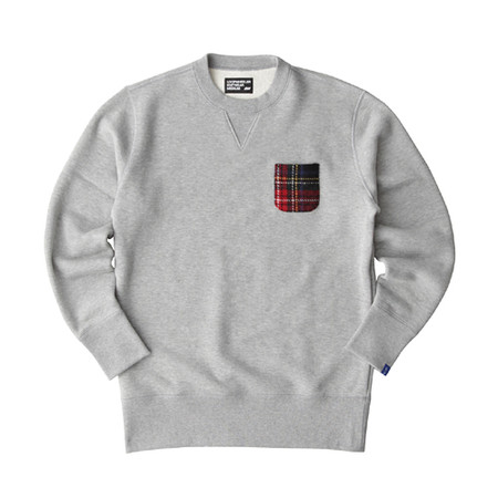 255f38e8e4af LW Basic Harris Tweed Patch Crew-neck Pullover