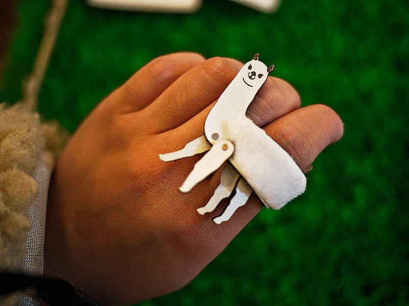 Handmade leather animal ring by Designpopupshop on Etsy