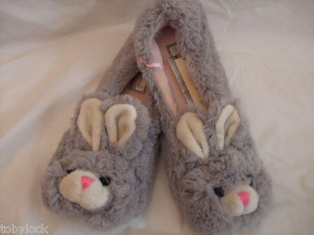 CUTE FLUFFY BUNNY RABBIT SLIPPERS 3-8 ATMOSPHERE NEW WITH TAGS CUTE FLUFFY BUNNY RABBIT SLIPPERS 3-8 ATMOSPHERE NEW WITH TAGS - eBay (item 260860072359 end time Oct-01-11 02:38:13 PDT)