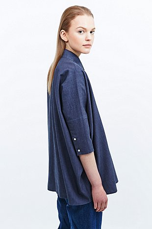 MM6 Chambray Denim Oversized Shirt in Navy - Urban Outfitters