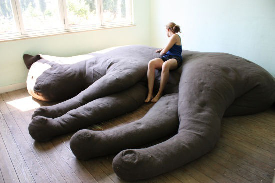 MAKE | Giant Kitty Couch