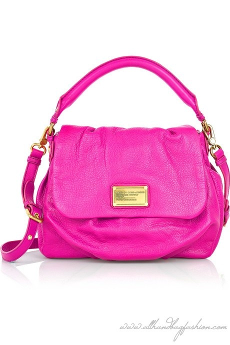 hot pink / Marc Jacobs;