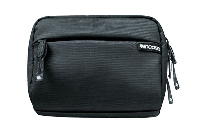 Dop Kit for iPod and iPhone by Incase