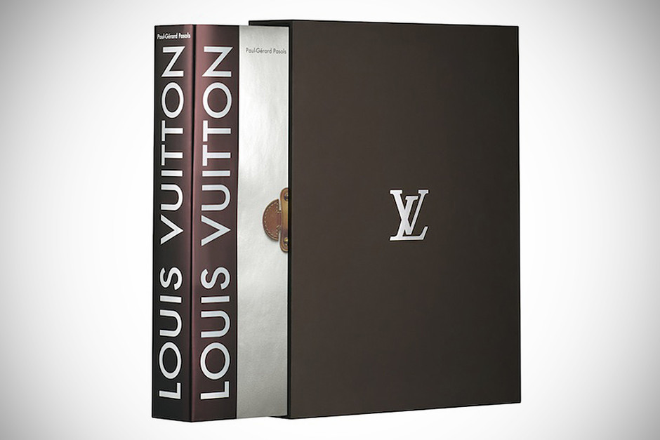 tech@mikeShouts | Louis Vuitton The Birth of Modern Luxury: Updated Edition | it's a tech lifestyle