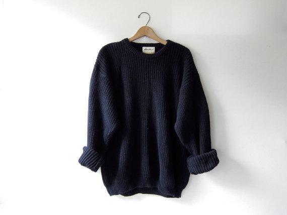 Etsy の 90s chunky knit sweater. loose knit by dirtybirdiesvintage