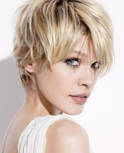 Cute short messy bob hairstyle