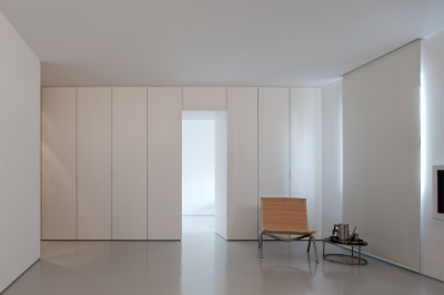 Apartment in Carcavelos by Hugo Proenca - Minimalissimo
