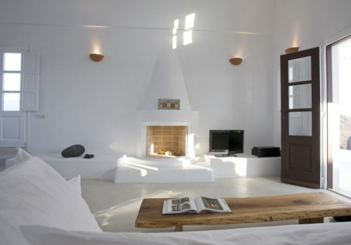 villas in Santirini, family villa in santorini, luxury villas in Greece, book family villas in Greece