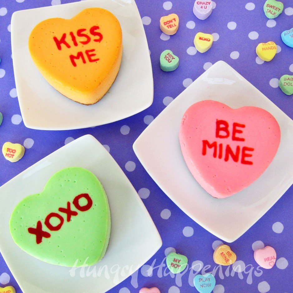 Valentine's+Day+desserts,+cake,+cheesecake,+conversation+heart+cheesecakes,+sweets,+recipes+.jpg 800×800ピクセル
