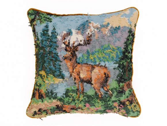 Cushion Cerf solitaire - YELLOW VELVET
