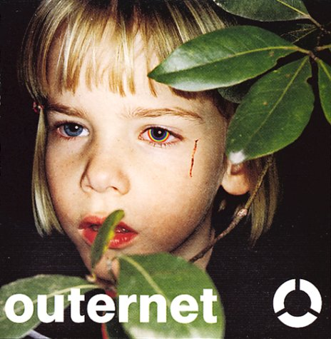 Amazon.co.jp: outernet: globe, MARC, KEIKO, 小室哲哉, 久保こーじ, 葉山たけし: 音楽