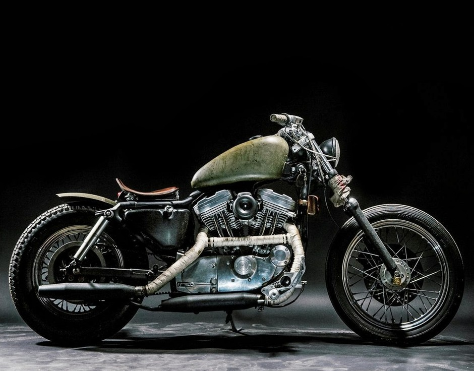 RocketGarage Cafe Racer: The Witch