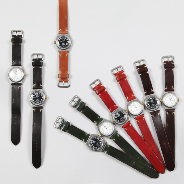 MOTO Watch - WT 1 - Silver and Gold Online Store