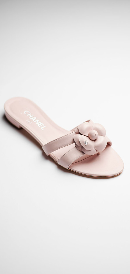 Lambskin sandals with a camellia - CHANEL