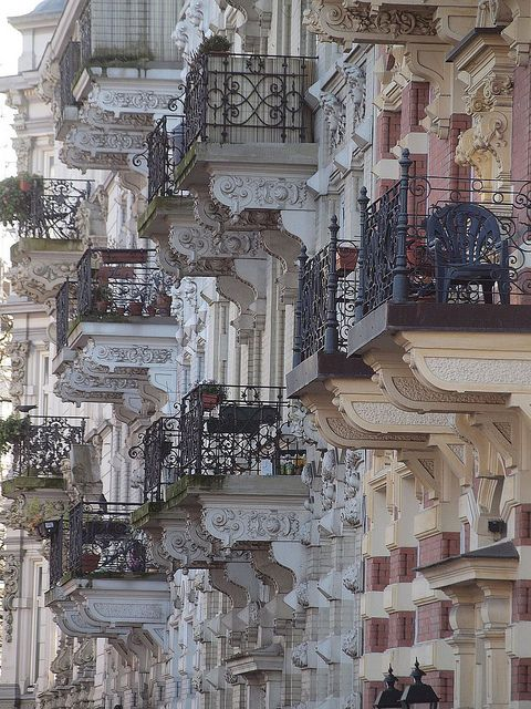 paris balconies .. <3L | and i dream myself there ..