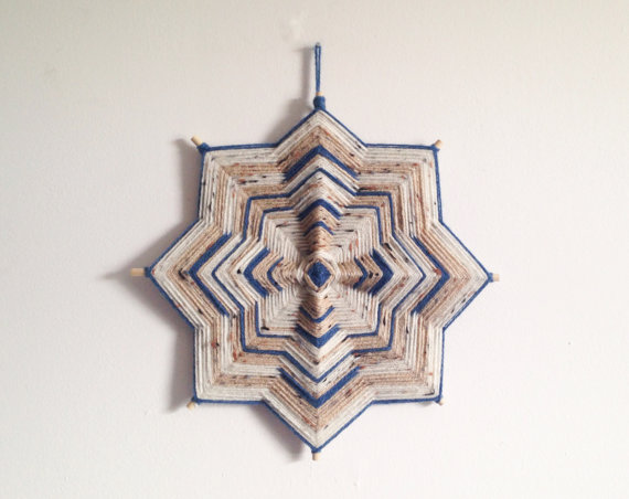 Etsy の Handmade Ojo de Dios Wall Hanging by Houseworking