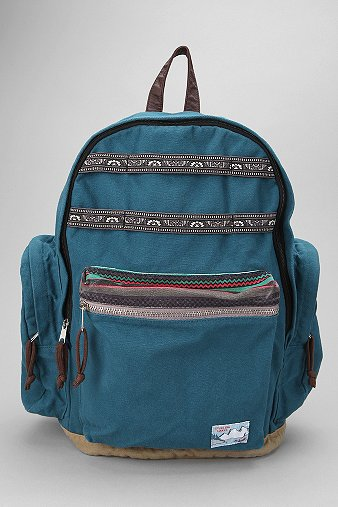 Spurling Lakes Trekking Backpack - Urban Outfitters