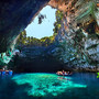 Melissani_Lake_and_Cave_Kefalonia_Greece_08.jpg 780×520 ピクセル