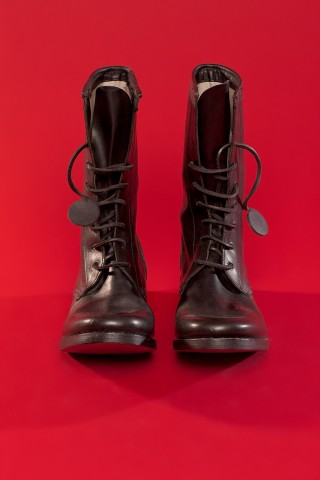 7 HOLE MADE IN ENGLAND BOOT - CARPE DIEM - Layers London