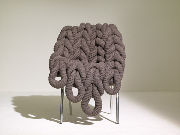 BRITISH WOOL CHAIR : Claire