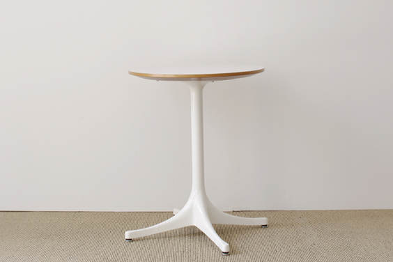 219_table | vintage & used | BUILDING fundamental furniture