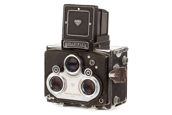 Rare Leica, Nikon, and Rolleiflex among the highlights of 23rd WestLicht Photographica Camera Auction - Lomography