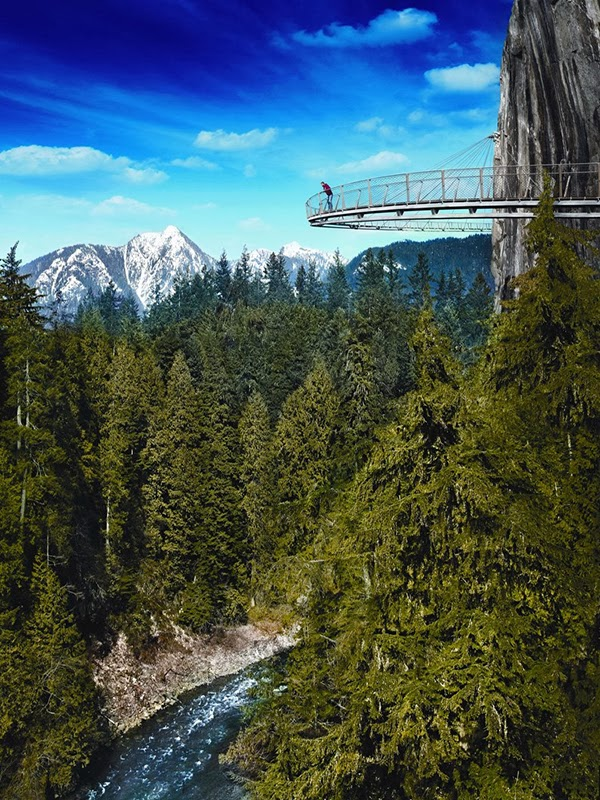 Capilano Suspension Bridge, British Columbia Canada | Polo Pixel