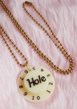 "Accessories - ""Hole ♡ Courtney Love"" Guitar Amplifier Knob Necklace:NEW - Little ♥ Hideaway 〜ヴィンテージから現代まで〜 Candy Hearts♡USA & UK 輸入雑貨"