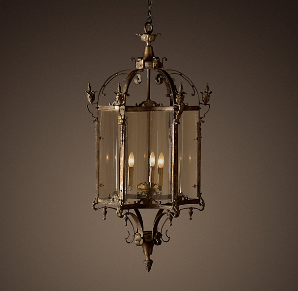 Fancy - 19th C. Salerno Streetlight