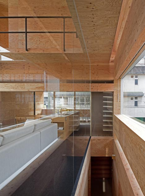 Machi Building by UID Architects