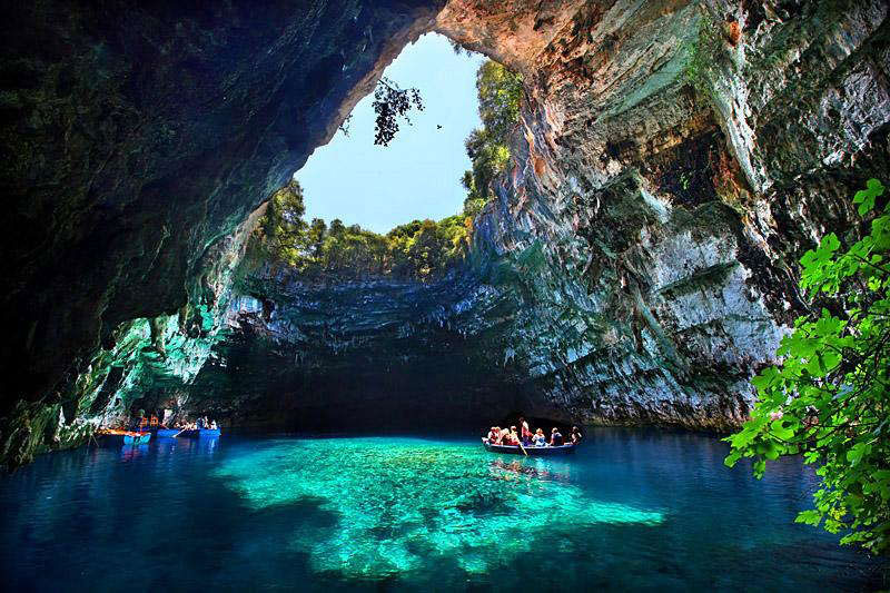 The Breathtaking Melissani Cave in Greece «TwistedSifter