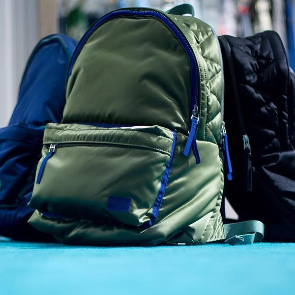 John Jonas LiuさんはTwitterを使っています。sacai x Porter backpacks come in various colours. Perfect for work or busy weekends. #sasaiOLS #sacai #Porter #joyc… http://t.co/QUtORiit0E