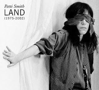 Amazon.com: Land (1975-2002): Patti Smith: Music