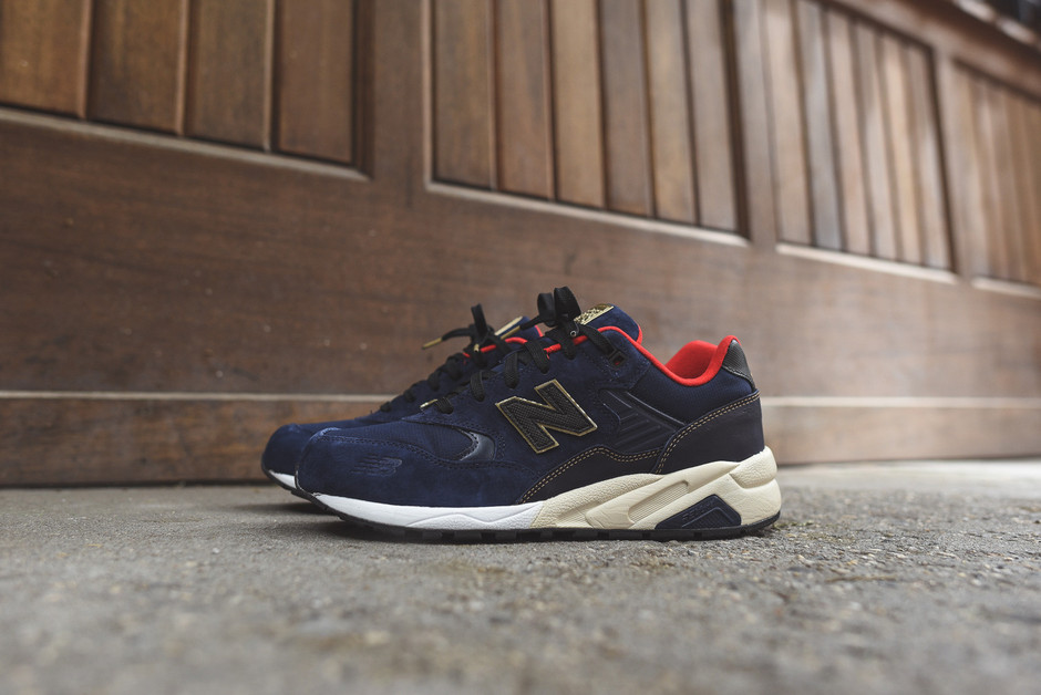 New Balance MRT580 Limited Edition - Navy / Red / Gold | Kith NYC