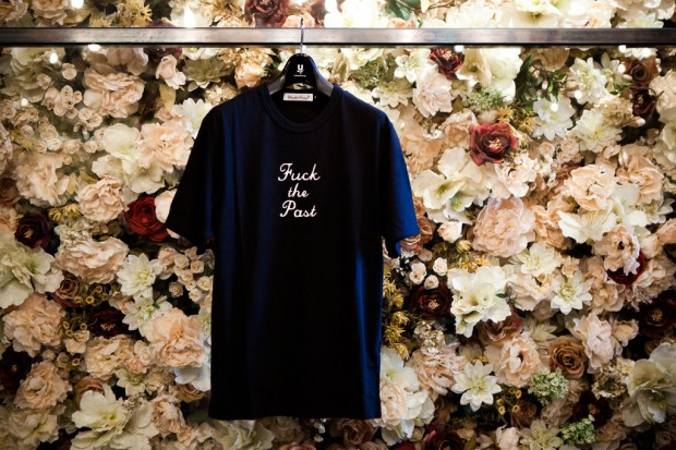 "UNDERCOVER ""Fuck the Past, Fuck the Future"" T-Shirt 