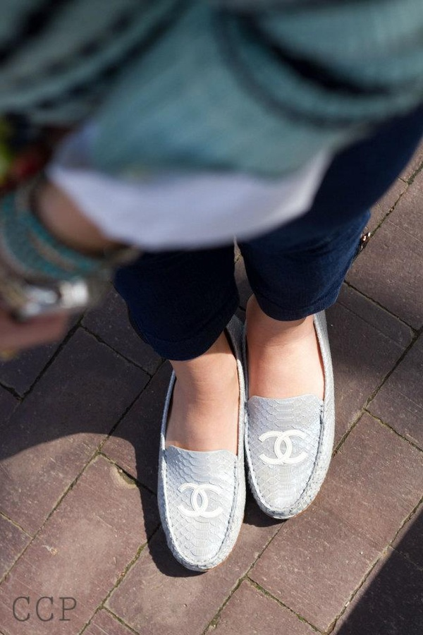 Flat Shoes / chanel loafers..how cute<3
